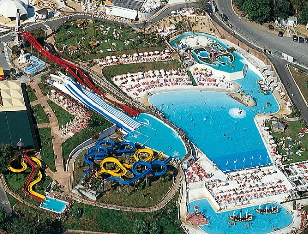 Parko acquatico le caravelle residence italia for Caravelle piscine
